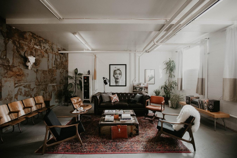 Intip Harga Granit Terbaru untuk Perencanaan Desain Interior Ruang Tamu Anda